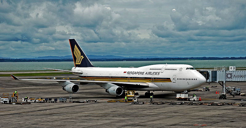 File:Singapore Airlines SIA 747-412.jpg - Wikipedia, the free encyclopedia