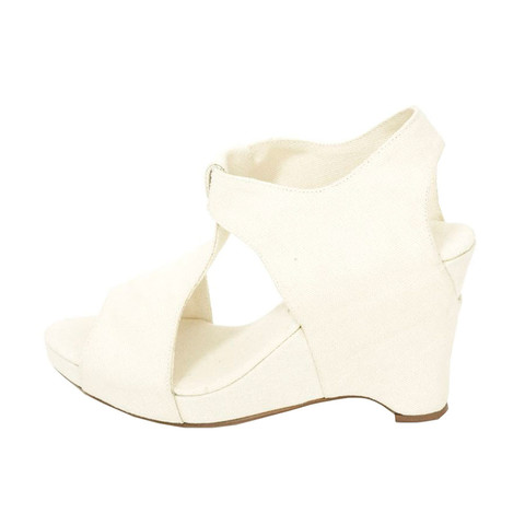Slow and Steady Wins the Race — Wedge Sandal in Natural