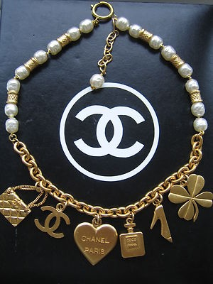 Charming Coco Chanel / RARE 1980s Chanel Multi Charm and Gripoix Pearl Necklace