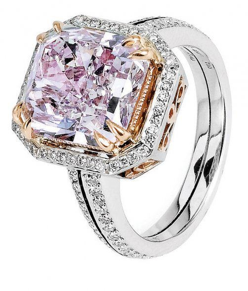 Precious Jewles / Michael Beaudry - 5.09ct Fancy Pink Purple Radiant Diamond Ring