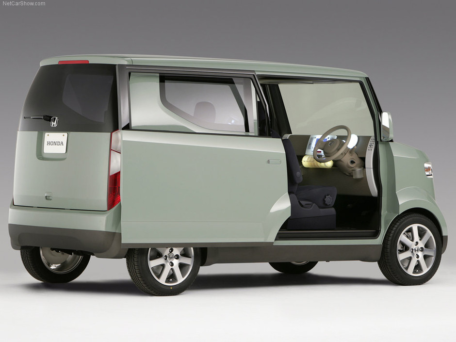 Honda Step Bus Concept wallpaper # 01 of 11, Front Angle, MY 2006, 800x600