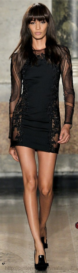 [ Timeless Elegance ] / Night out dress ... beautiful detailing Emilio Pucci