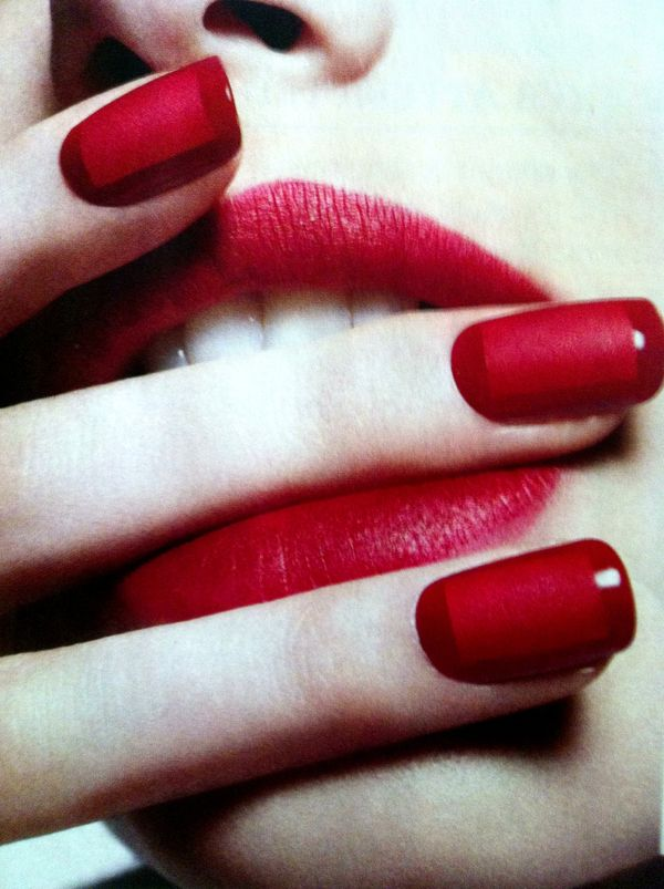 Nails / Red Matte Box.
