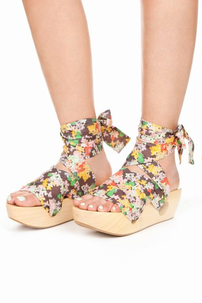 GIRL BY BAND OF OUTSIDERS GEISHA FLORAL WEDGE - MULTI - GL0800 - WOMEN - SALE - OPENING CEREMONY
