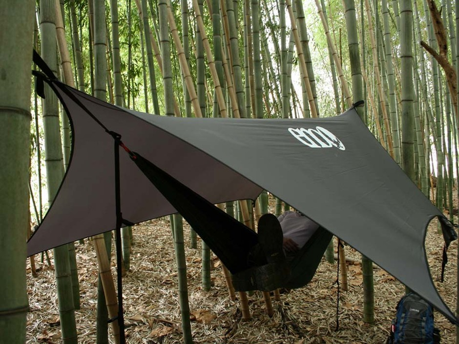 Pro Fly Rain Tarp from Eagles Nest Outfitters Inc. - Lightweight Outdoor Parachute Nylon Hammocks along with optional Slap Straps Hammock Suspension.