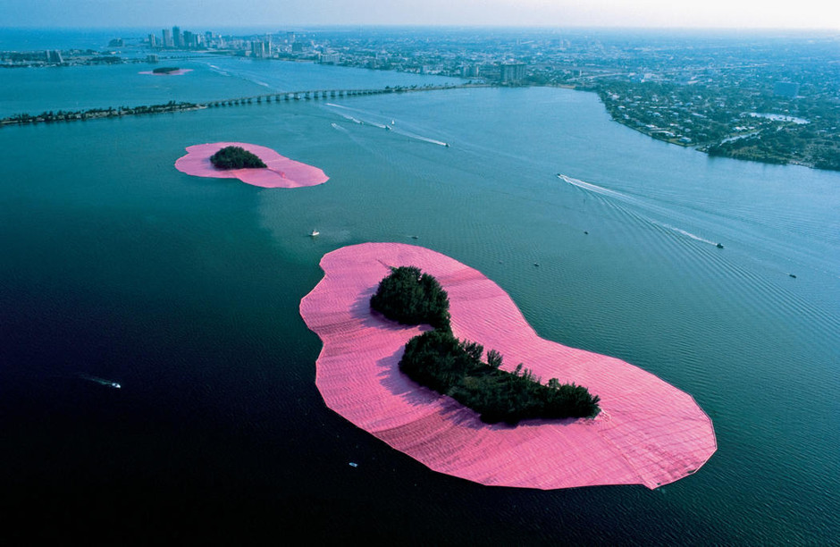 Christo and Jeanne-Claude | Projects | Surrounded Islands