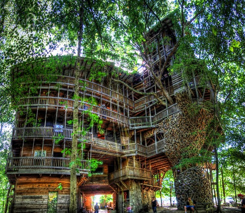 ... . Eclectic Trip . , Minister's Tree House. (Crossville, Tennessee)...