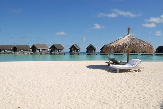 Review of Cocoa Island, Maldive's Uncommon Honeymoon Resort | Spot Cool Stuff: Travel