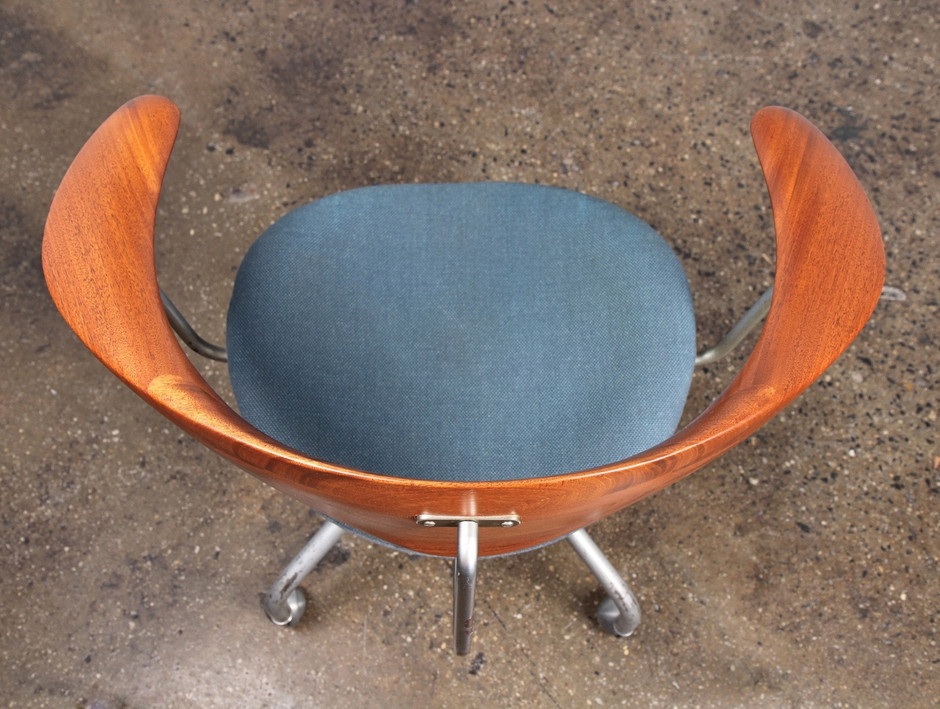 Hans Wegner Swivel Chair — OAM