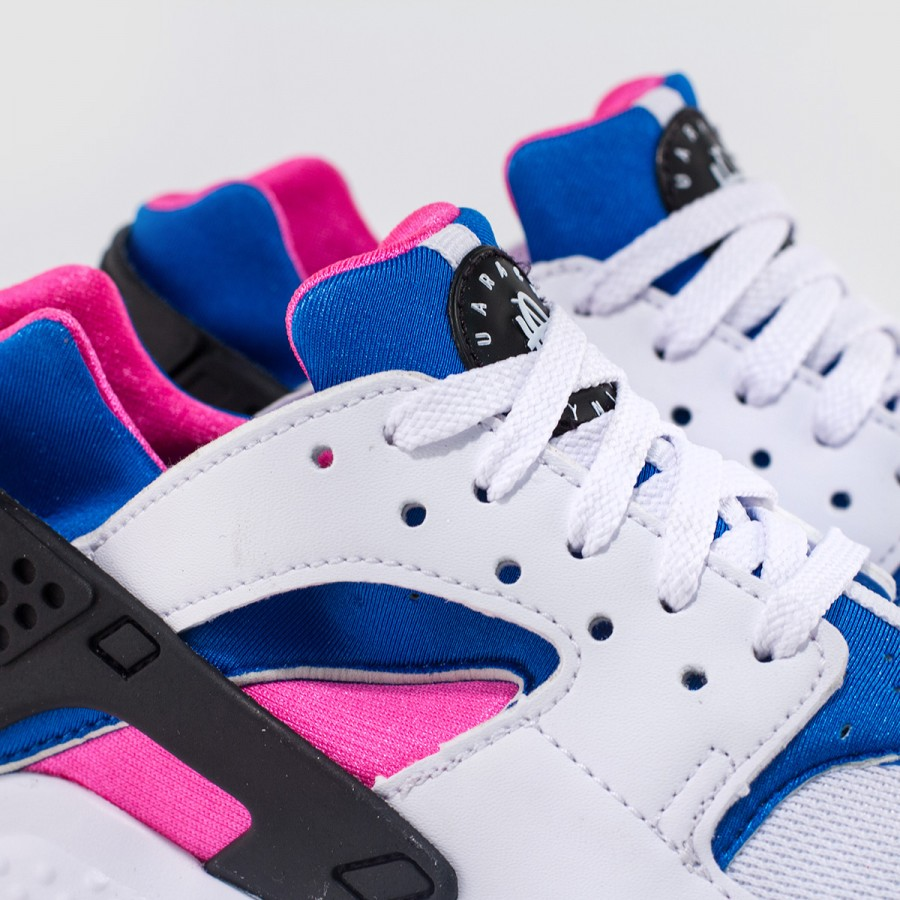 Nike Retros OG White/Royal-Pink Huarache Run Colorway From 1991   TheShoeGame.com - Sneakers & Information