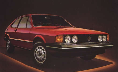 Google 画像検索結果: http://www.productioncars.com/send_file.php/vw_scircco_red_1981.jpg