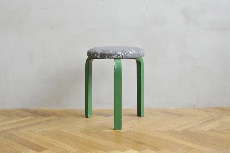 「SOLD OUT Vintage STOOL 60 × minä perhonen -moon bear-」ハルタ 北欧家具ONLINE STORE