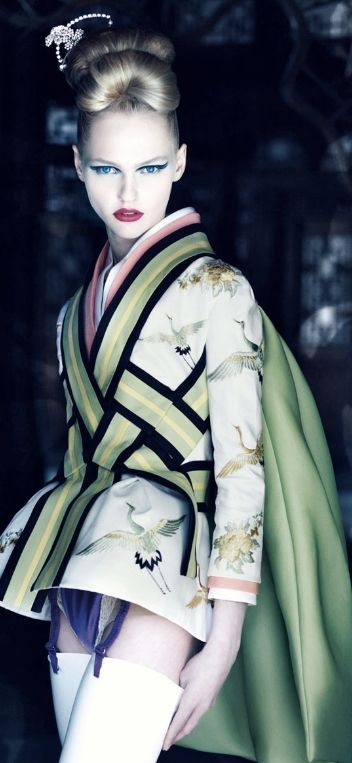Patrick Demarchelier's 'Dior Couture' | Japanese inspiration | Pinter…