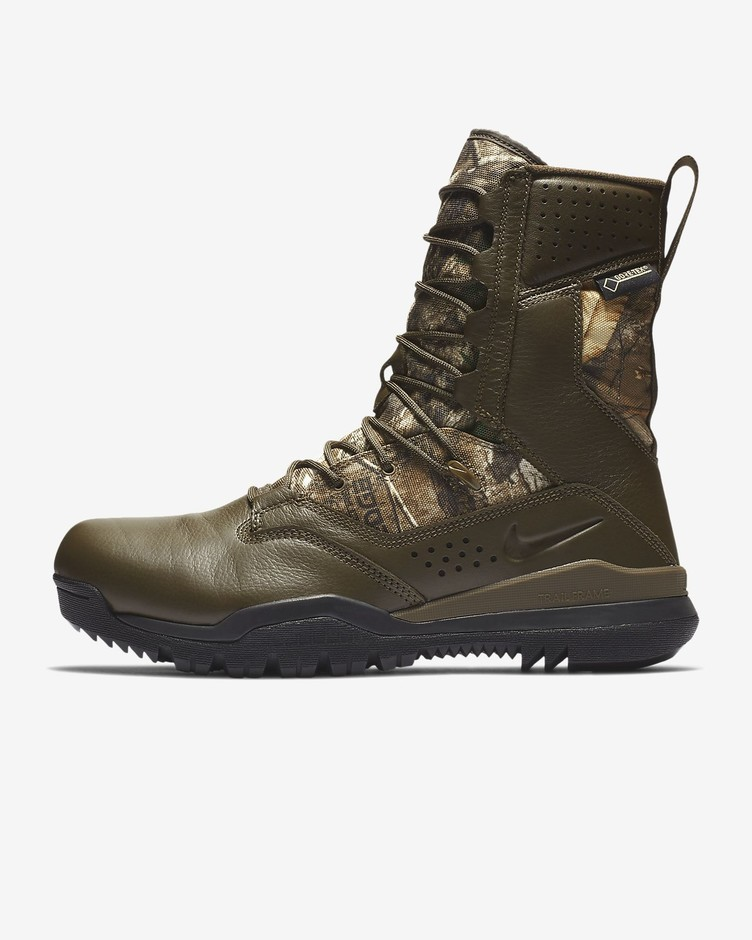 "Nike SFB Field 2 8"" Realtree® Gore-Tex® Outdoor Boot. Nike.com"