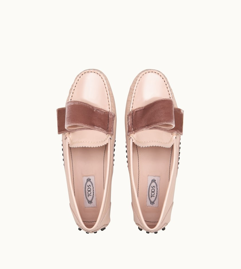 Woman PINK Gommino Driving Shoes in Patent Leather XXW00G0BI81L6434MM030   Tod's