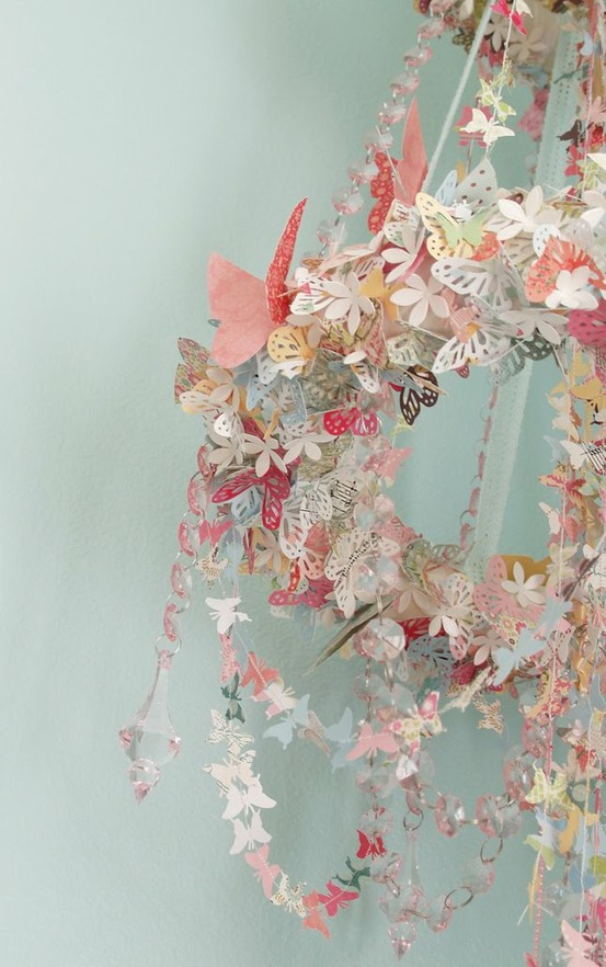 Crafts and Decorates / Butterfly chandelier mobile...gorgeous!