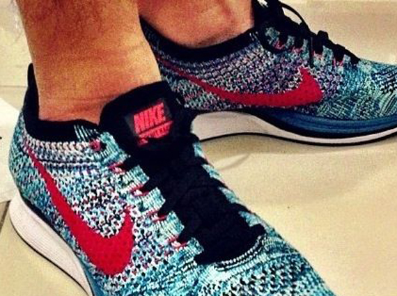 """Nike Flyknit Racer """"Neo Turquoise"""" - SneakerNews.com"""