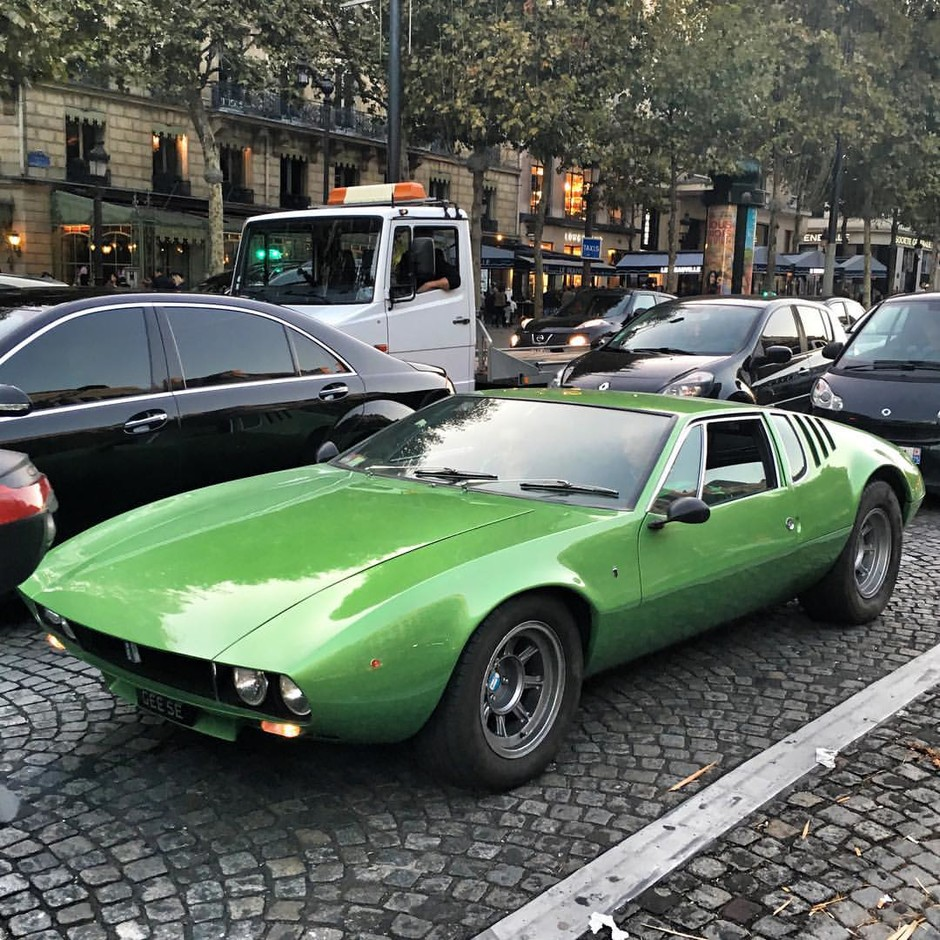 Tim ⚡️🇫🇷さんはInstagramを利用しています:「Good morning with this ✳️De Tomaso Mangusta 70'✳️ spotted it last week-end.」