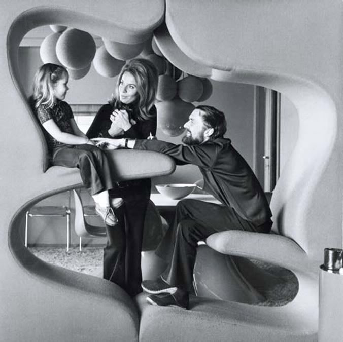 THE LIVING TOWER BY VERNER PANTON