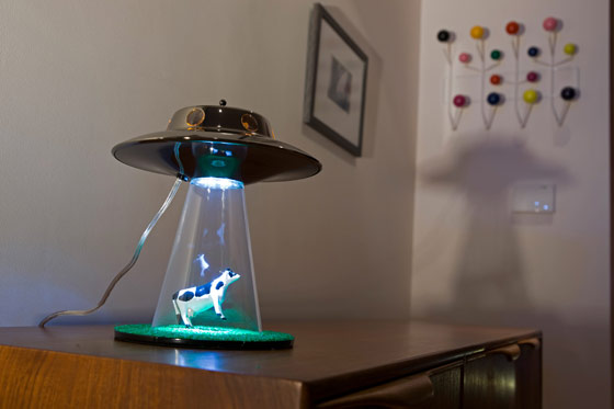 Tiger global ltd the alien abduction lamp ufo alien abduction lamp mozeypictures Choice Image