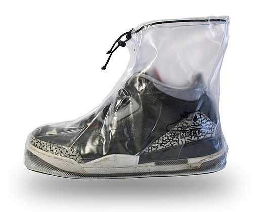 DrySteppers - Raincoats for Your Sneakers   DudeIWantThat.com