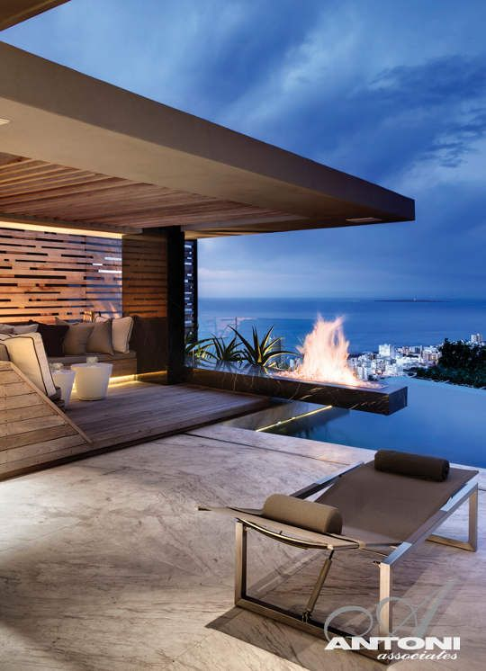 Outdoor Spaces / Cliffhanger Residence in Cape Town, South Africa