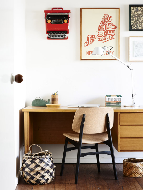 Graphic designers', Suzy and Shane's Melbourne... | Minimal Desks - Simple workspaces, interior design