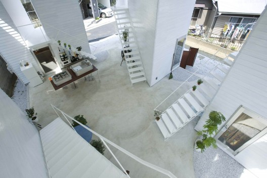 Yokohama Apartment / ON design partners | ArchDaily