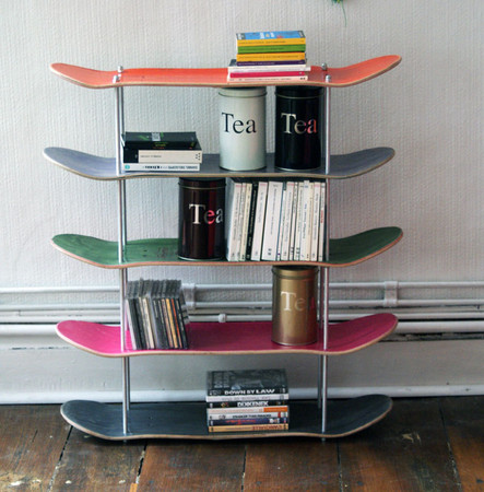 Shelf made by recycled skateboards