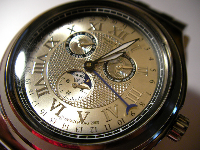Flickriver: Photoset 'How To Set the Swatch Luar Moon Phase Watch' by laurasmoncur