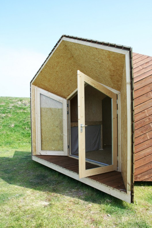The Hermit Houses – Abé / The Cloud Collective   ArchDaily