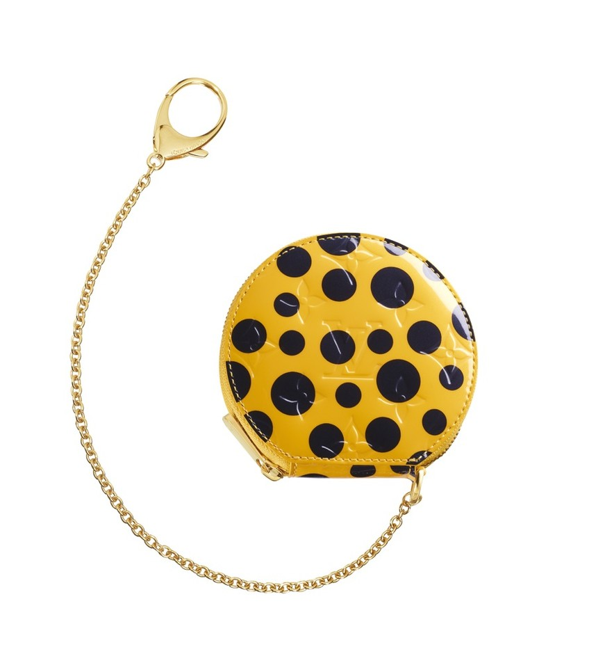 Yayoi-Kusama-Louis-Vuitton-Coin-Purse-Chapeau-Monogram-Vernis-Dots-Infinity-yellow1.jpg (900×986)