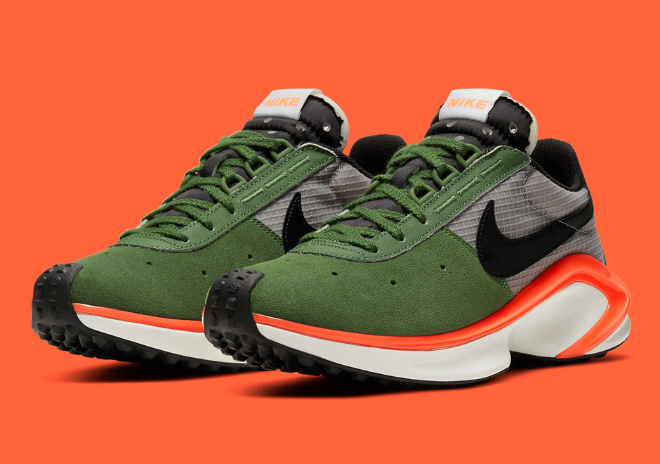 Nike Waffle D/MS/X Forest Green CQ0205-300 | SneakerNews.com