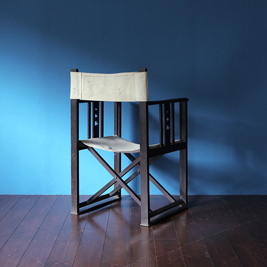 "folding chair / 山葉家具 ""文化椅子""[on the shore]"