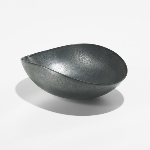 301: Otto and Gertrud Natzler / bowl < Modern Design, 24 March 2009 < Auctions   Wright
