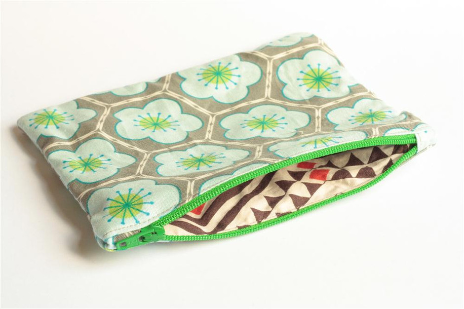 Zipper Pouch - Hexagons In Grey And Blue With Green Zipper   Luulla