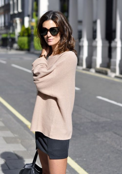 Proportions: Big over Small / slouchy top. supersize shades.