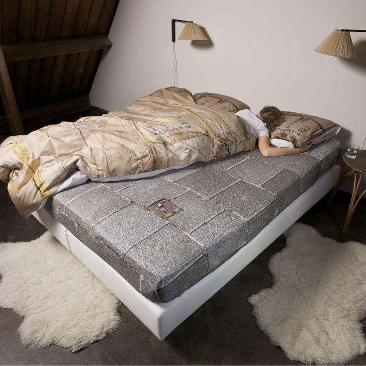 LE-TROTTOIR bed sheets by Snurk   furniture and interior