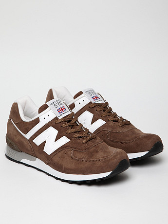 New Balance M576BWN Trainer in brown at oki-ni