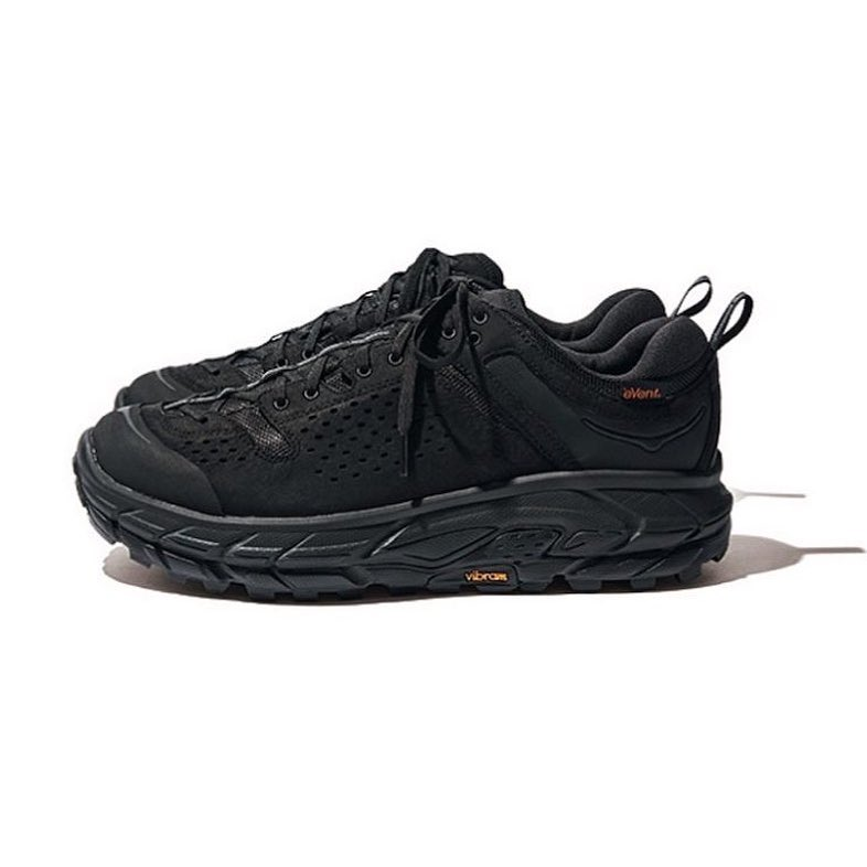 eye_CさんはInstagramを利用しています:「GOOUT magazine has revealed the first images of Engineered Garments new collaboration with Hoka One One. This time the two presents three…」