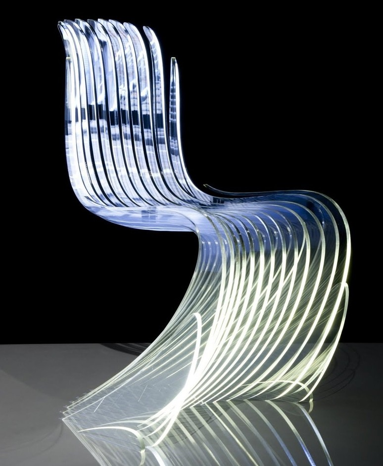 LES JOLIES CHOSES | 8isous: Panton Chair sliced by Chriss Bosse
