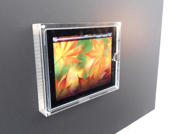 iPad 2 Locking Retail Display - With Home Button Guard
