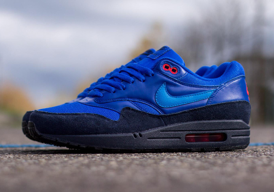 Nike Air Max 1 - Obsidian - Light Photo Blue - Red - SneakerNews.com