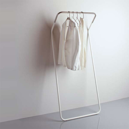 Lean-On coat stand
