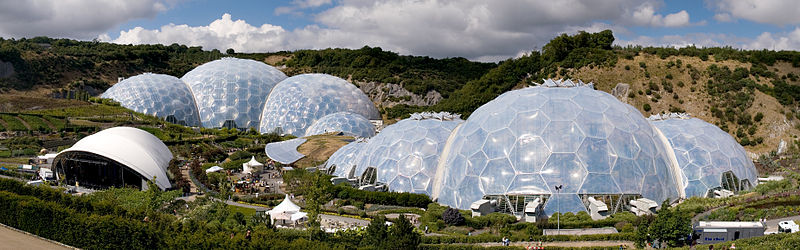 File:Eden Project geodesic domes panorama.jpg - Wikipedia, the free encyclopedia