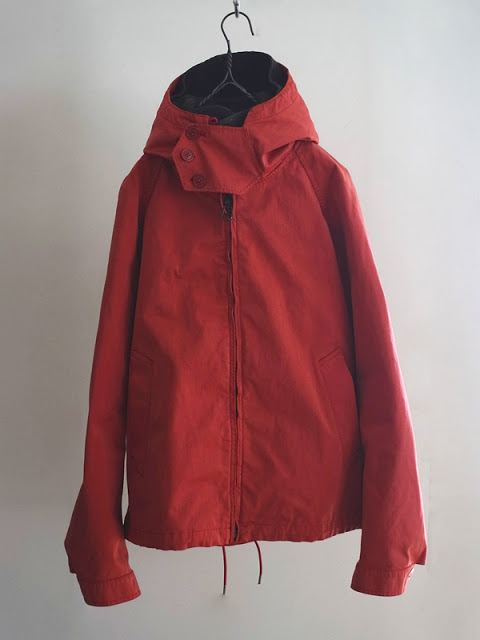 - Ten c - Anorak