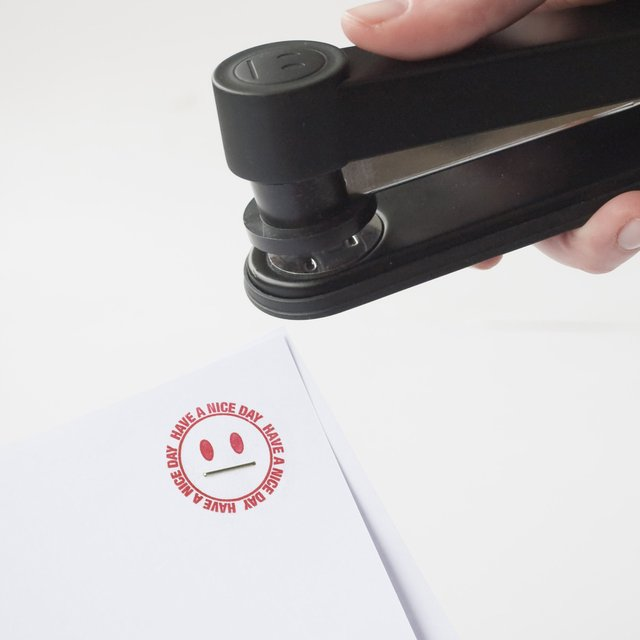 STAMPLER (Stapler and Stamp) by Suck UK