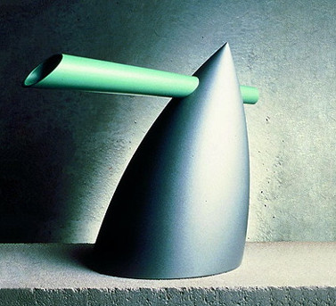 Alessi Kettle by Philippe Starck | DeTnk