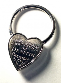 "1940's "" ♡ Heart Shaped"" Advertising Key Ring - FUNNY SUPPLY"