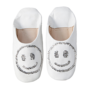 Smile Babushoes White: ルームウェア/ルームシューズ - IDEE SHOP Online